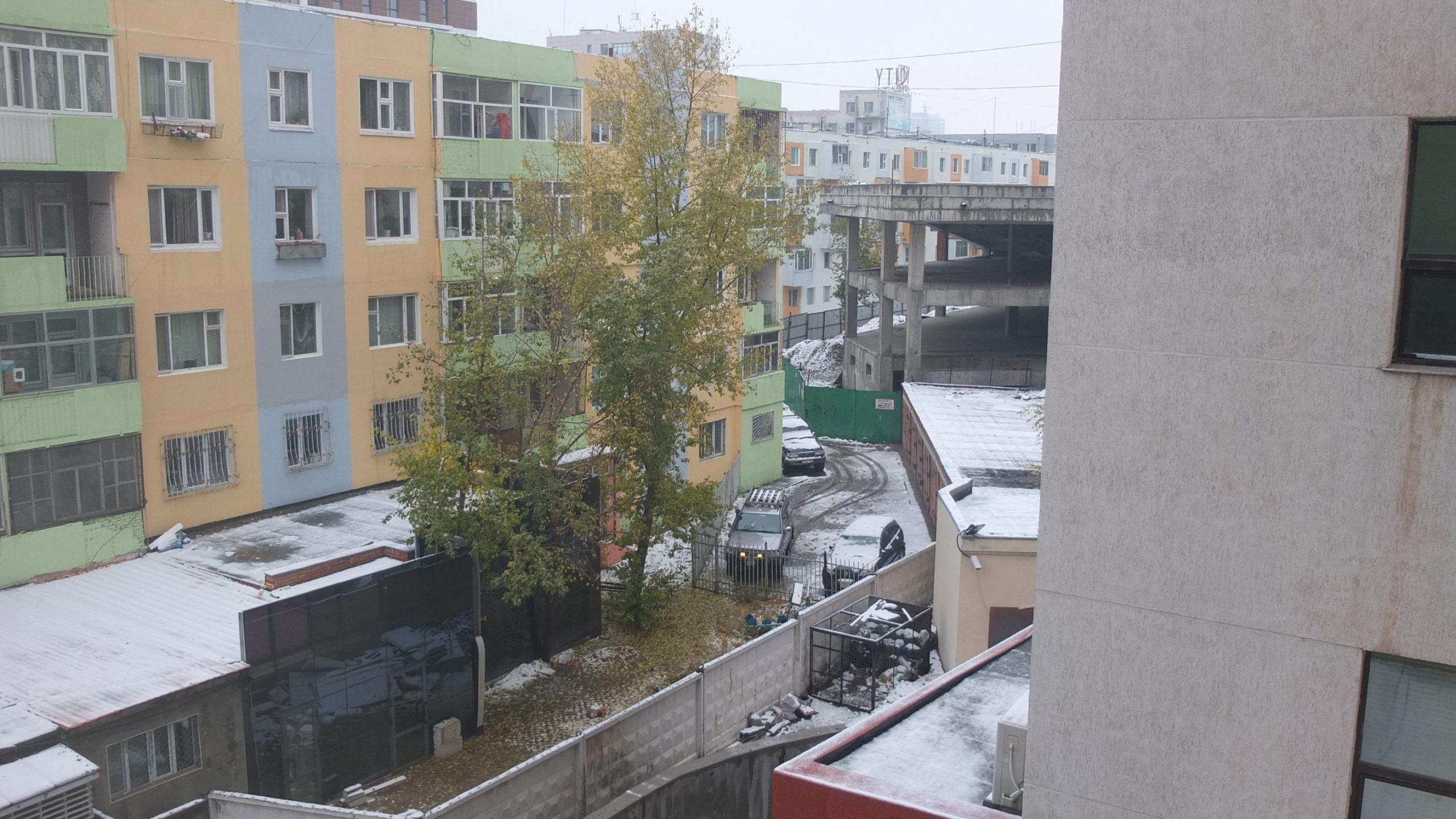 [烏蘭巴托] 迎來初雪的早上,奔向城外的大草原