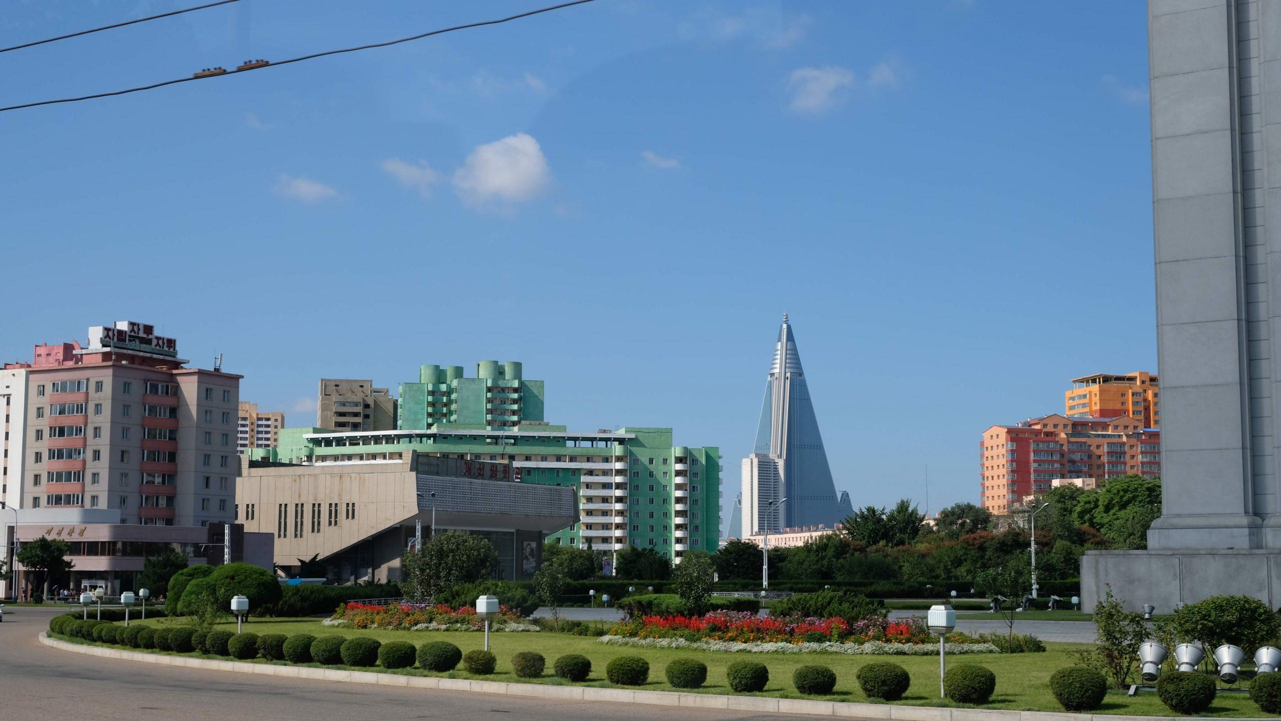 [平壤] 柳京飯店:耗時30年興建的全球最高純酒店建築
