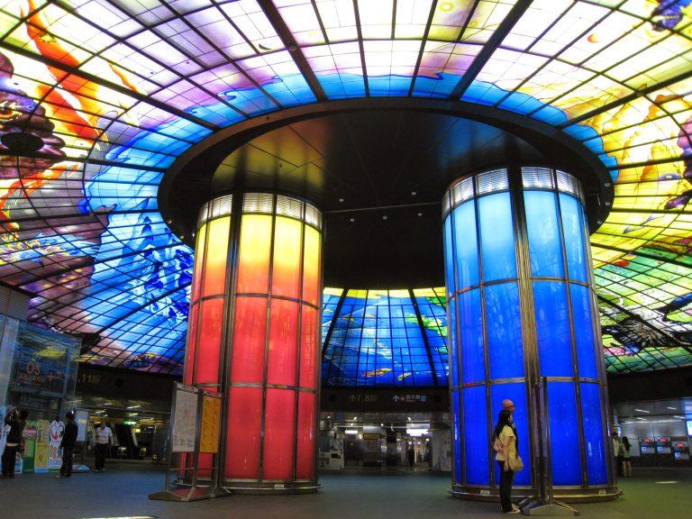 [高雄] 捷運美麗島站:絢麗奪目的光之穹頂