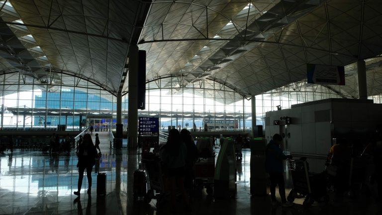 [飛行] 中國東方航空 MU724:久違的大陸航空公司搭乘體驗,上海轉機行李直掛瀋陽