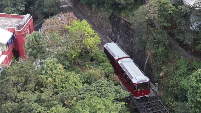 [香港] 山頂纜車的旅程,與第五代紅色車廂道別