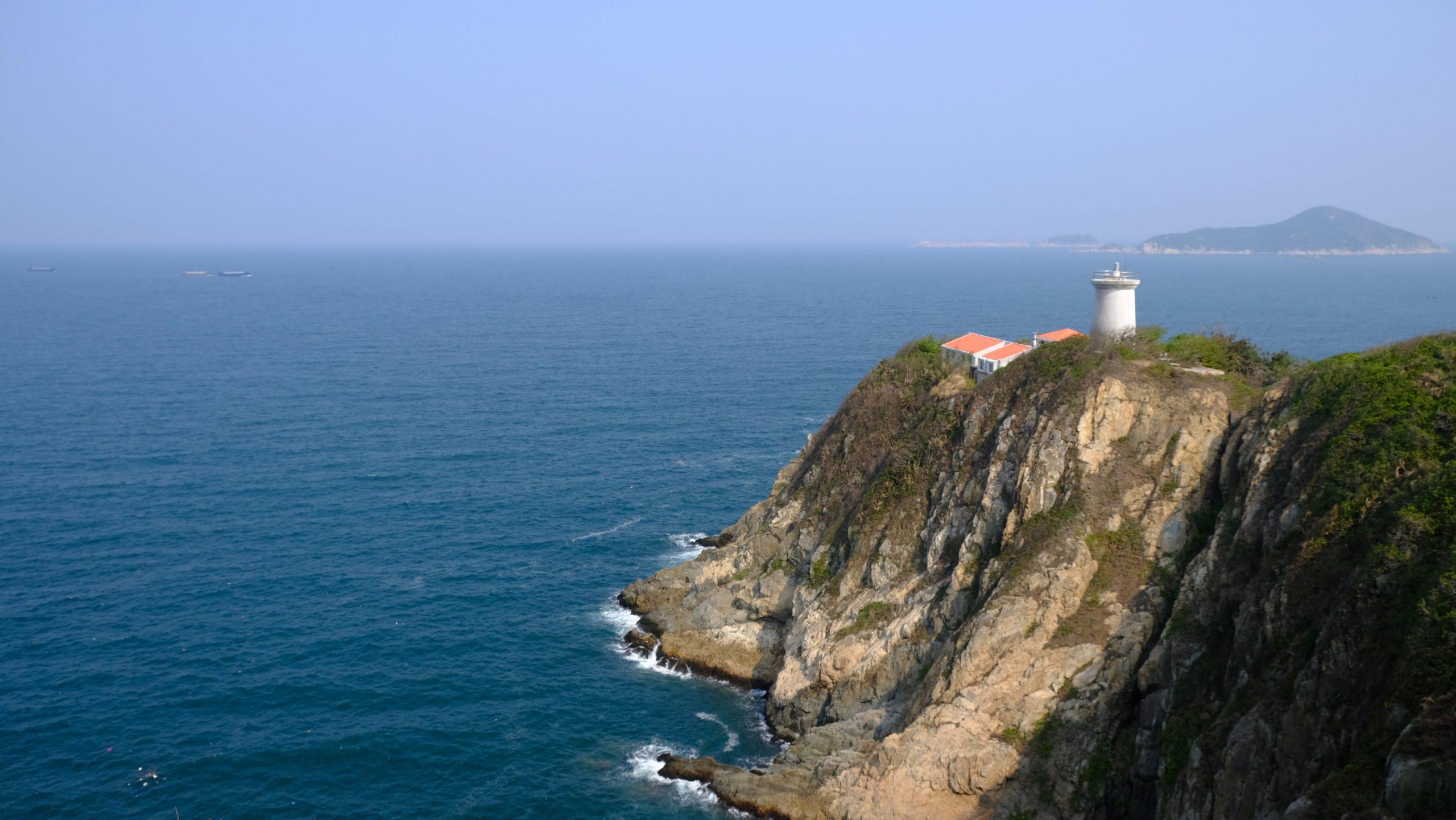 [鶴咀] 鶴咀燈塔:海角天涯的美景,香港現存歷史最悠久的燈塔