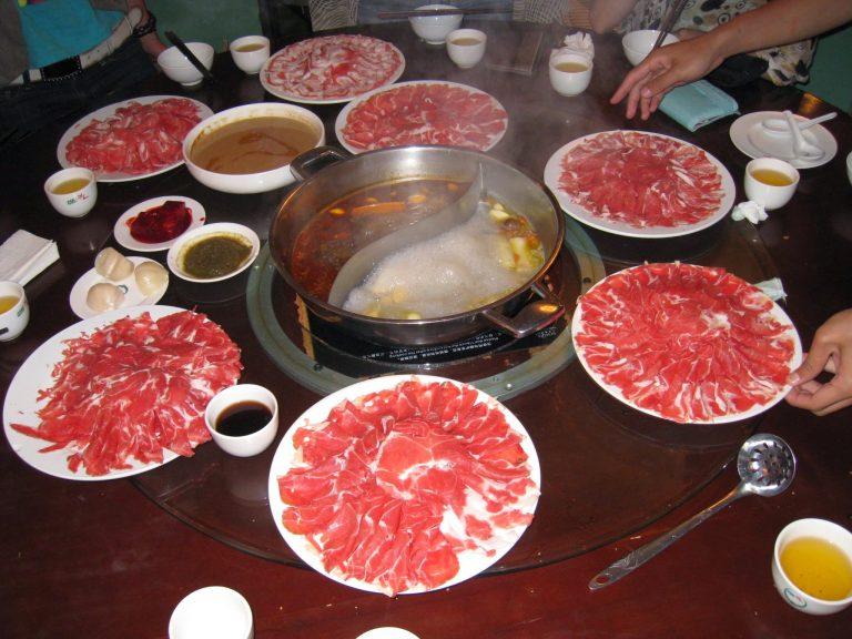 [內蒙] 飲食篇:湯涮與香烤的羊肉風味